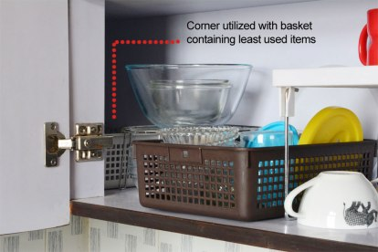 corner-view-glassware-organization