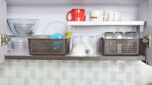 glassware-and-cups-organization