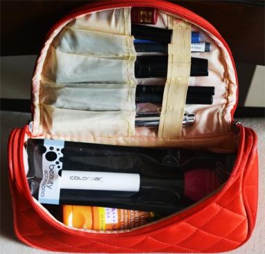 makeup-organizer-international-travel-packing