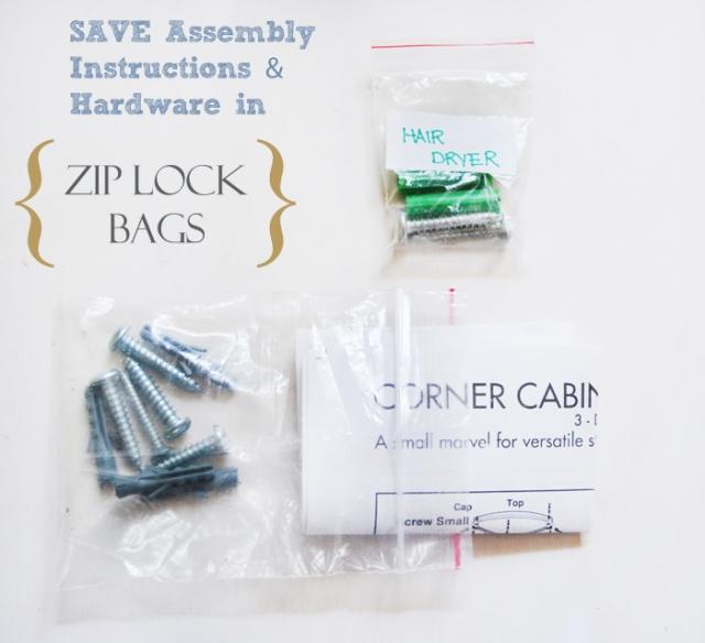 Junk-Drawer-Organization-sorting-ziploc-bags
